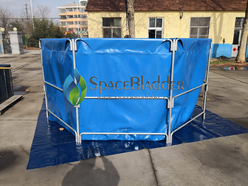 3m*1 5m Steel Tube Round Shape Fish Tank - Customer Case